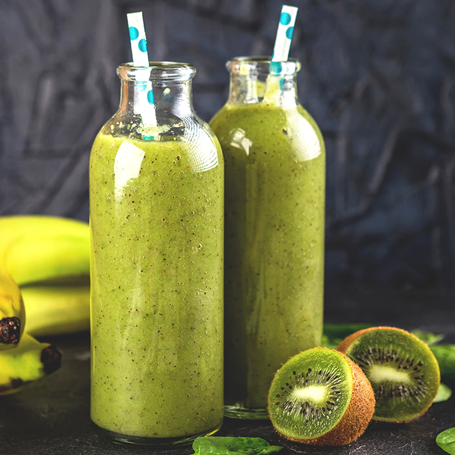 Kiwi og bringebær smoothie